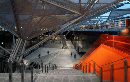 Dominique Perrault Architecture: Projekty mezinárodního týmu
