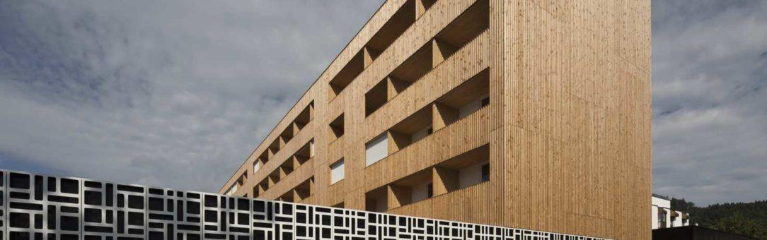 (Čeština) Rozšíření Hotelu Säntispark od Carlos Martinez Architekten