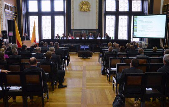 (Čeština) II. Mezinárodní odborná konference Doprava, infrastruktura a územní rozvoj