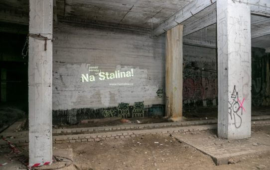 Praha dokončila podpěry Stalinova pomníku