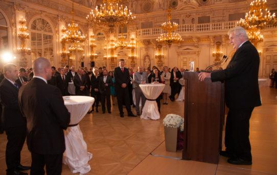 (Čeština) Slavnostní večer na Pražském hradě