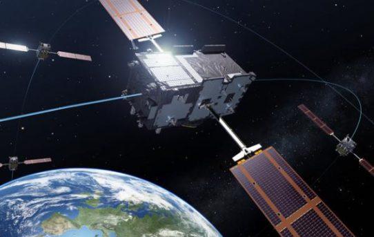 (Čeština) Evropský navigační systém Galileo zahajuje svůj provoz