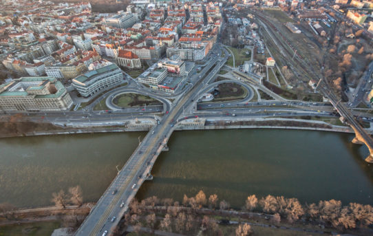 Praha prověřila možnosti koncertního sálu na Vltavské
