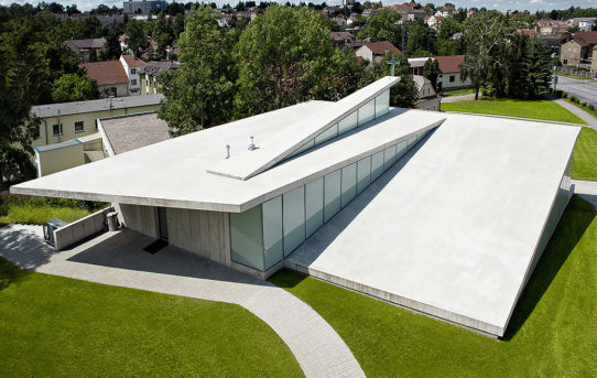 Fránek Architects / Video
