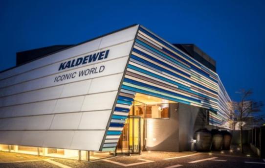 """(Čeština) 100 let Kaldewei  """"Učit se zminulosti a zkušeností využít kutváření nové budoucnosti"""""""