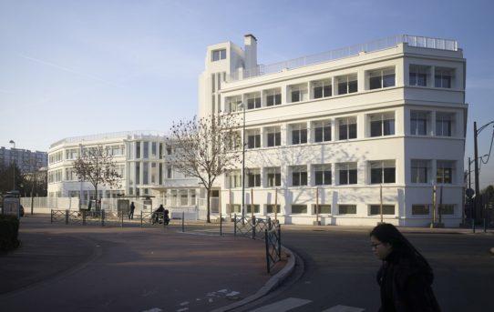 Přestavba staré továrny od PARC Architects